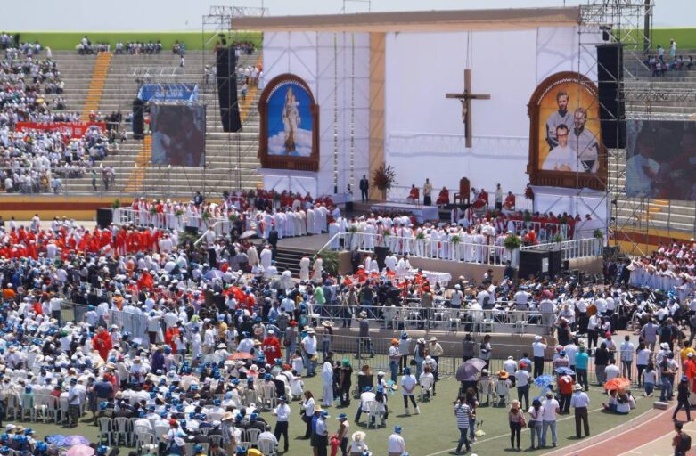 Fotos de la beatificación y de eventos relacionados