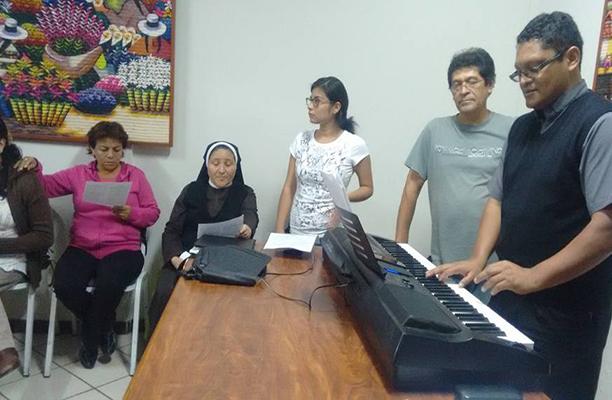Iniciaron ensayos del coro para la ceremonia de beatificación