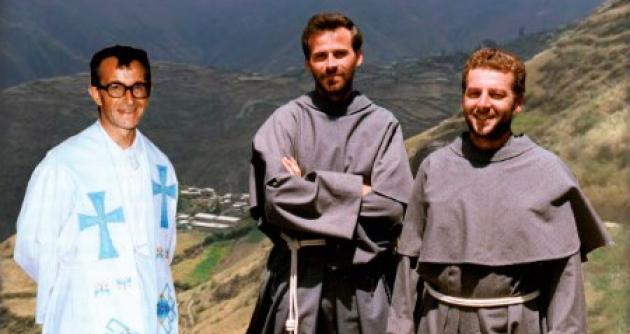 """""""El testimonio de los mártires nos anuncia que ir por el camino de Jesús es el de su misión"""""""