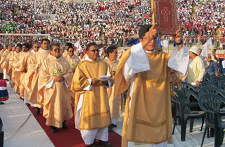 Información para Obispos, sacerdotes y religiosos que asistirán a beatificación