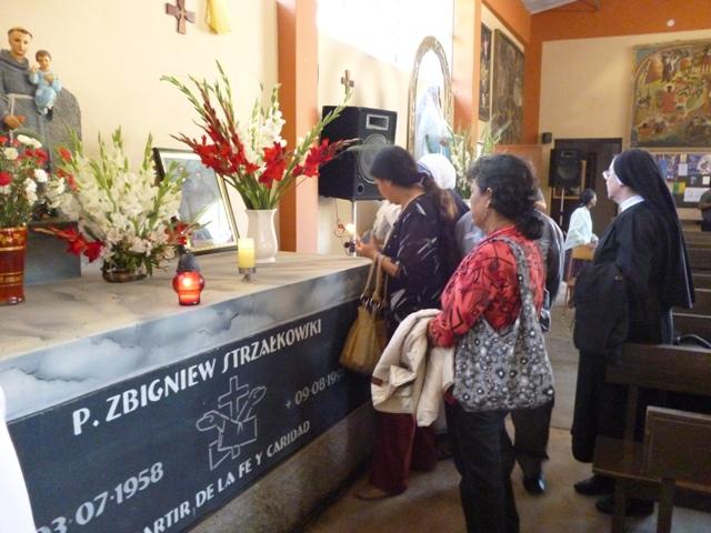 Programan exhumación de los restos de los mártires Miguel y Zbigniew